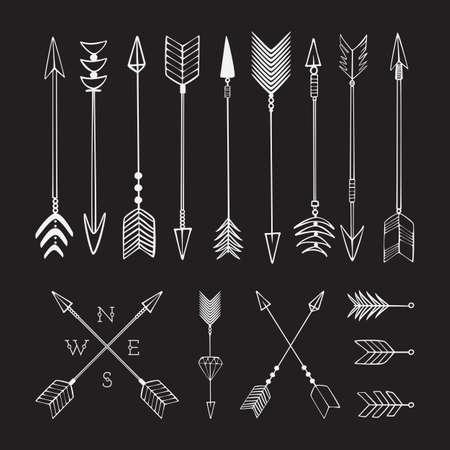 flechas: Mano flechas dibujadas. La lucha contra la flecha, la munición. Bosquejo. Vectores