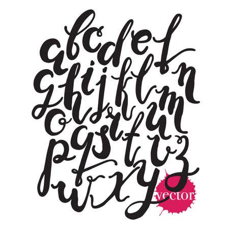 vecteur d'encre lettres isolé sur blanc alphabet background.Handwritten, lettrage encre à la main. Hand drawn lettres minuscules. Moderne lettrage de brosse. Vecteurs