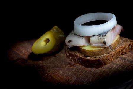 jacket potato: Sandwich made of herring on boiled jacket potato and rye bread