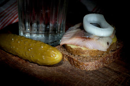 jacket potato: Sandwich made of herring on boiled jacket potato and rye bread served with vodka