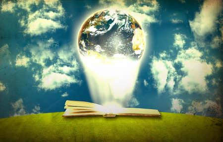 Buch und Erde Standard-Bild