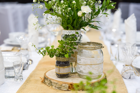 Wedding table set for fine dining or other catered event, center-piece Stock fotó