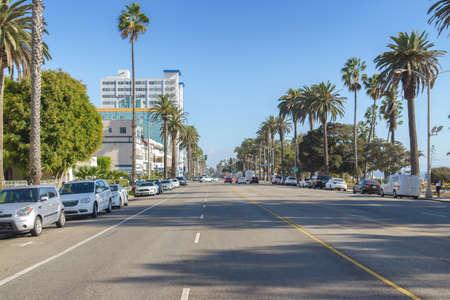 Los Angeles, California 04.10.2016 Ocean Avenue 에디토리얼