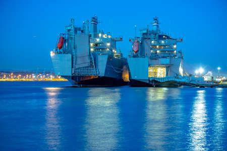 tacoma: Ruston Park Boats in Washington state USA. The bay in Tacoma Washington at sunset and into nightfall