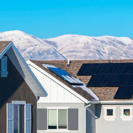 Vierkante huizenrij in een woonwijk in Utah Valley Stockfoto