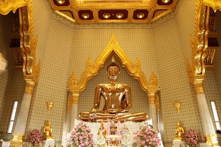 Buddha aus massivem Gold, ber�hmte Buddha-Statue im Wat Traimit, Bangkok, Thailand.
