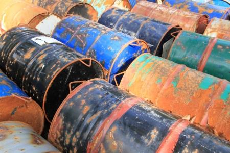 Rusty Kraftstoff und chemische Schlagzeug