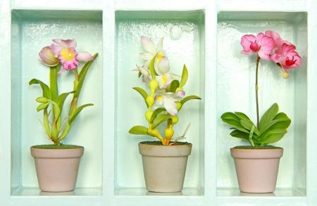 Colorful clay flower in flower-Schrank Lizenzfreie Bilder