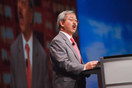 estimates: SAN FRANCISCO, CA, OCT 3, 2011 - San Francisco mayor Edwin Lee welcomes Oracle OpenWorld 2011 conference in San Francisco and estimates city to earn $100 million from this event