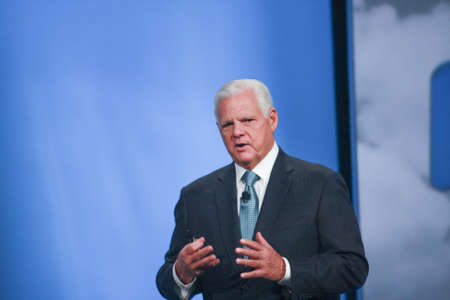 oracle: SAN FRANCISCO, CA, OCT 2, 2012 - EMC CEO  Joe Tucci makes speech at Oracle OpenWorld conference in Moscone center on Oct 2, 2012 in San Francisco, CA