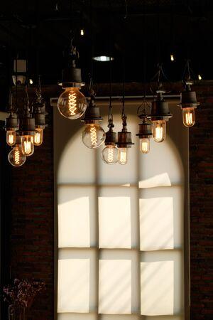 lamp light: light bulb hanging lamp