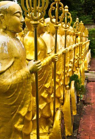 talismán: grave, de oro monje, Hat-Yai, Songkhla, Tailandia Foto de archivo