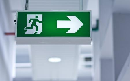 salida de emergencia: Fuego salida