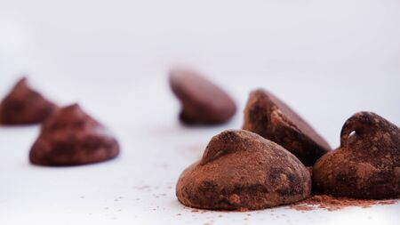 Truffles cacao 6 - with fine cacao powder
