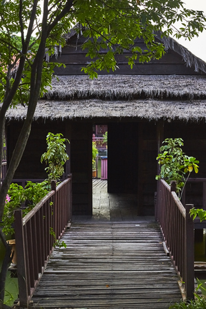 cambodge: Traditional floating  ancient  Village on lake. Cambodia. Siem Reap. Closeup photo of house. Stock Photo