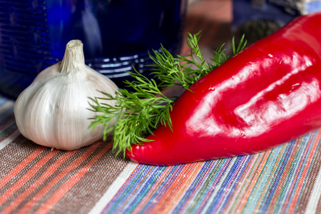 paprica: food photo, vegetables, red pepper, paprica, garlic,on tablecloth