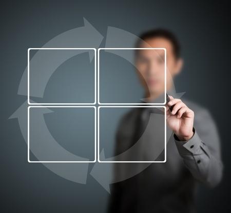 diagrama procesos: hombre de negocios la escritura de ciclos diagrama con 4 etapas Foto de archivo