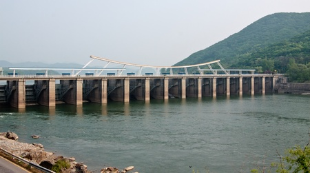 Paldang dam on Han river near Seoul (Korean Republic) Stock Photo - 13727591