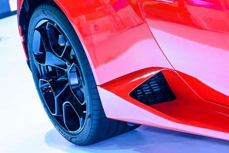 alloy wheel: Magnesium alloy wheel