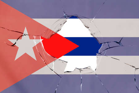 Flag of Cuba on a on glass breakage. 版權商用圖片 - 127519757