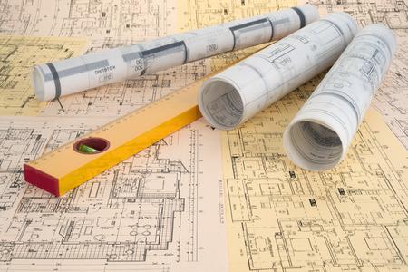 herramientas de construccion: dibujos de nivel y de proyecto