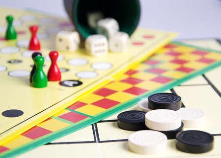 take it easy: Various boardgames