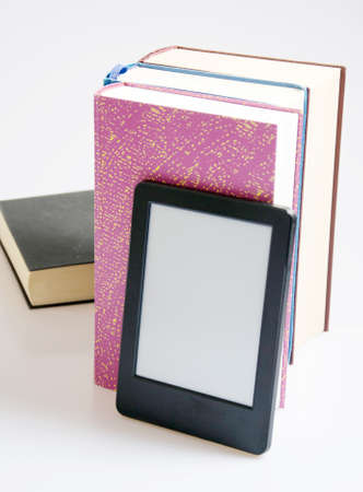 reader: e-book reader with books