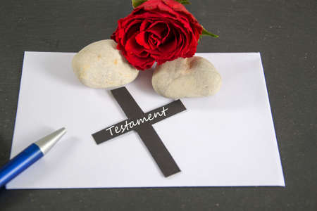 heartfelt: envelope with rose and pen Stock Photo