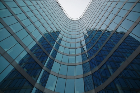 Moderno centro de negocios en Praga, República Checa Foto de archivo - 35455051
