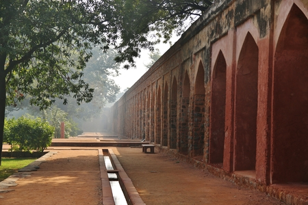 mughal architecture: Wall of Humayuns Tomb in Delhi, India Stock Photo