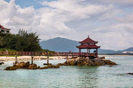 gloriette: Footbridge to pavilion at beach of Island in Chhina