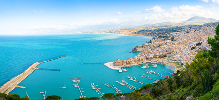 Aerial panoramic view of Castellammare del Golfo town in Trapani, Sicily, Italy Foto de archivo - 119249817