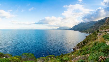 View of mountains and blue sea in the Italian natural reserve or Riserva dello Zingaro in Sicily in Italy Foto de archivo - 119249819