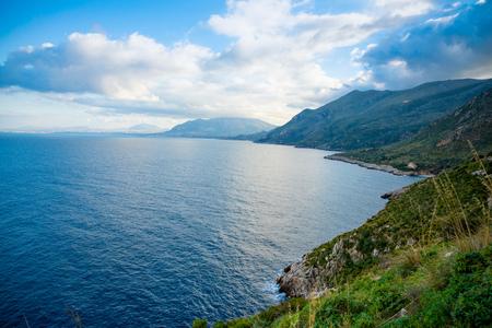 View of mountains and blue sea in the Italian natural reserve or Riserva dello Zingaro in Sicily in Italy Foto de archivo - 119250047
