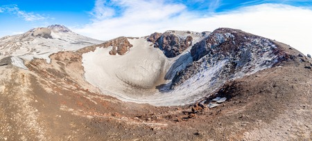Escriva crater on volcano Etna in snow in winter in Sicily, Italy Foto de archivo - 119250266