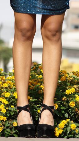 mladistvý: Legs Of Youthful Person