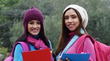 女子短大生の寒い天気