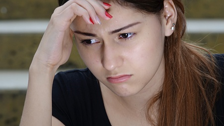 Nešťastný mladistvý dospívající žena Reklamní fotografie