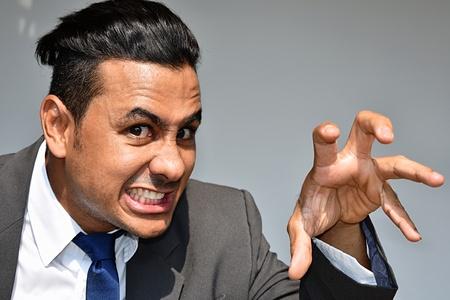 Hombre de negocios intimidante Foto de archivo - 91621366