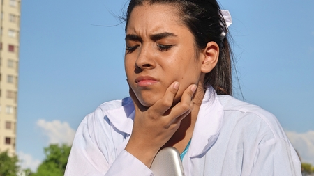 Female With Sore Throat Banco de Imagens