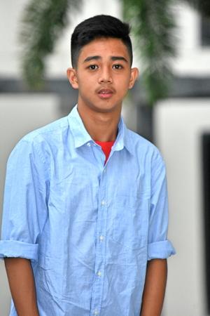 Serious Good Looking Minority Male Juvenile Reklamní fotografie
