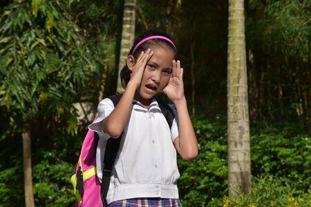 Cute Minority Girl Student Under Stress 写真素材 - 129904244
