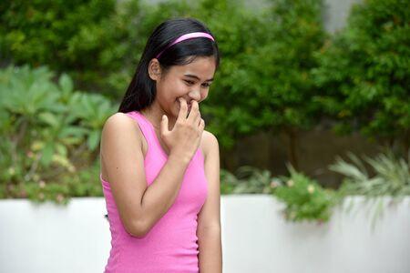 A Cute Filipina Female And Shyness Imagens