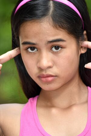 An A Quiet Beautiful Filipina Youngster Imagens