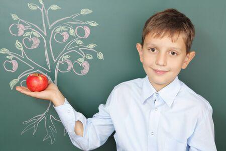 conocimiento: Árbol del conocimiento concepto de educación con jóvenes talentos
