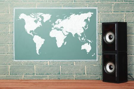 acoustics: Acoustics system and unusual lcd display with World map