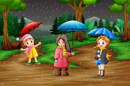 Dessin animé trois fille portant un parapluie sous la pluie dans la forêt Vecteurs
