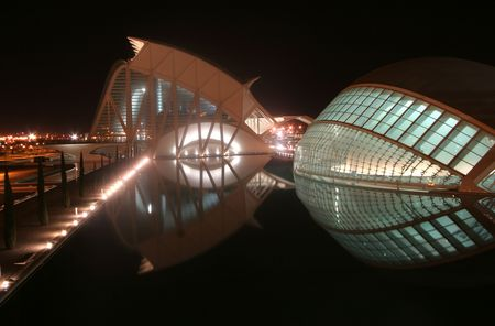 the futuristic looking science centre in valencia, spain at night Stock Photo - 827735