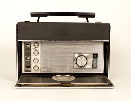 vj: a fantastic looking retro radio