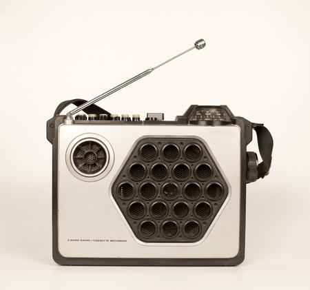 vj: a fantastic looking retro ghetto blaster radio